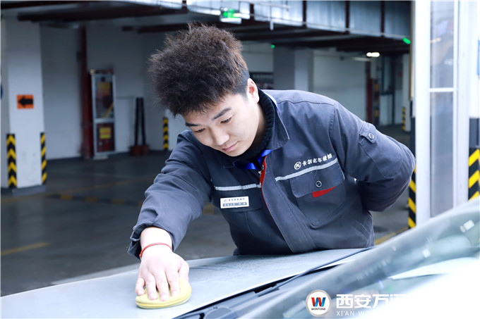 <b>【英才之路】刘海:只要努力,相信自己终有成绩!</b>